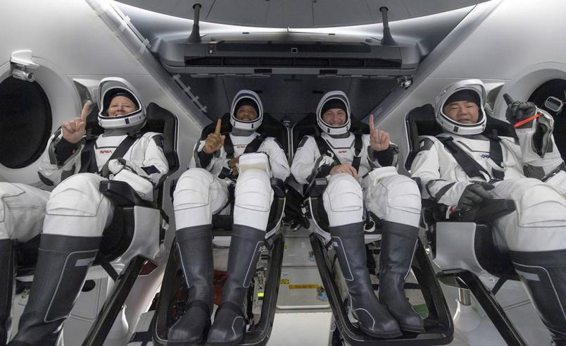 Gli astronauti della NASA tornano sulla Terra