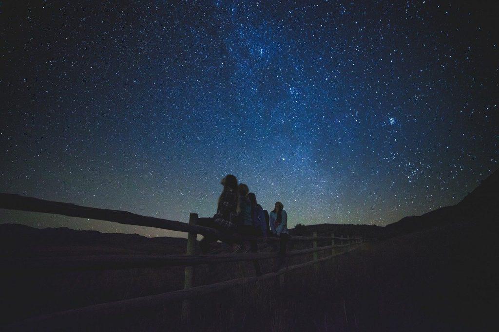 Le piogge di meteoriti della cometa Halley saranno illuminate da pezzi di cielo a Curitiba